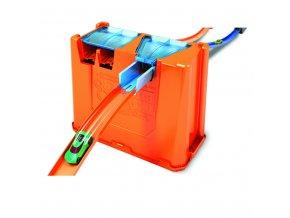 Hot Wheeels track builder box 04